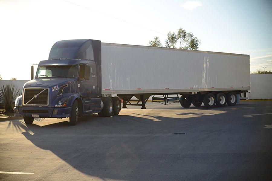 carrocerias-y-remolques-para-camiones-reno-galeria9